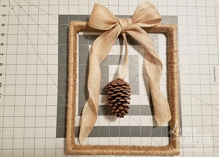 Diy Jute Cord Frame Wreath Living And Crafting