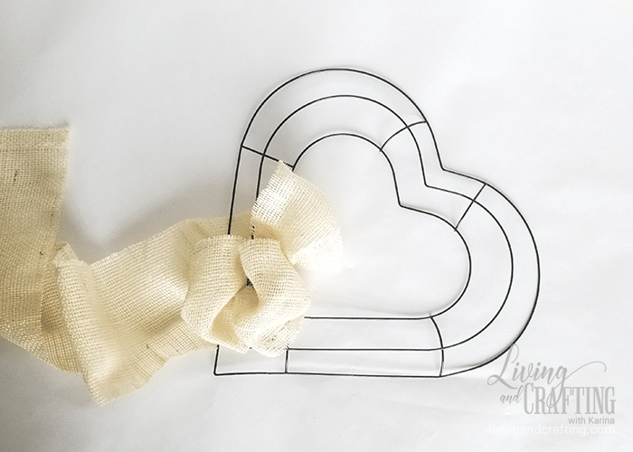 Burlap Heart Valentine's Day Wreath 6