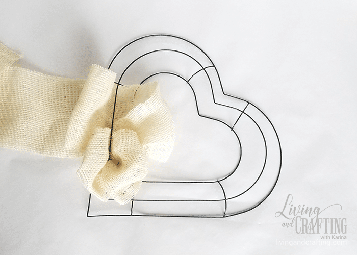 Burlap Heart Valentine's Day Wreath 7