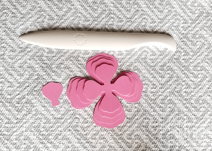 mini paper rose 1