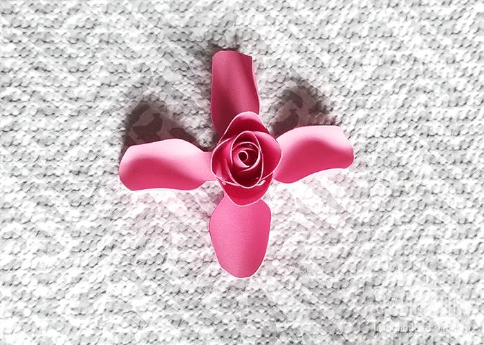 mini paper rose 13