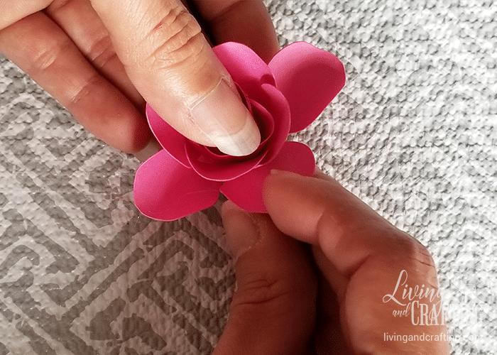 mini paper rose 20