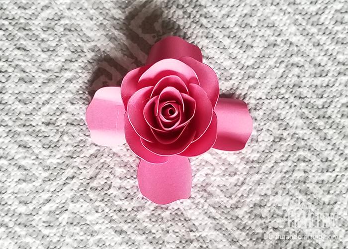 mini paper rose 23