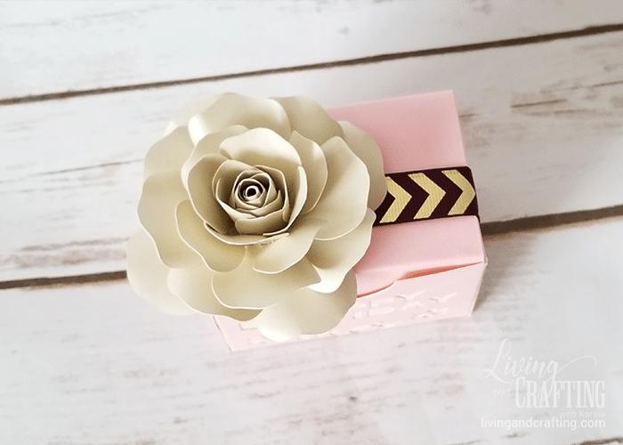 mini paper rose 33