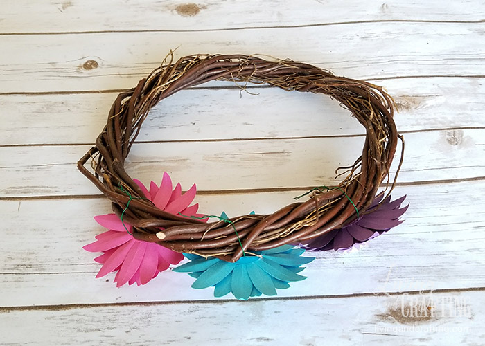 Rustic Spring Wreath 4