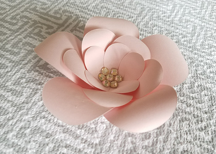 Diy mini sweet paper flower with free template living and crafting mini sweet paper flower 15 mightylinksfo