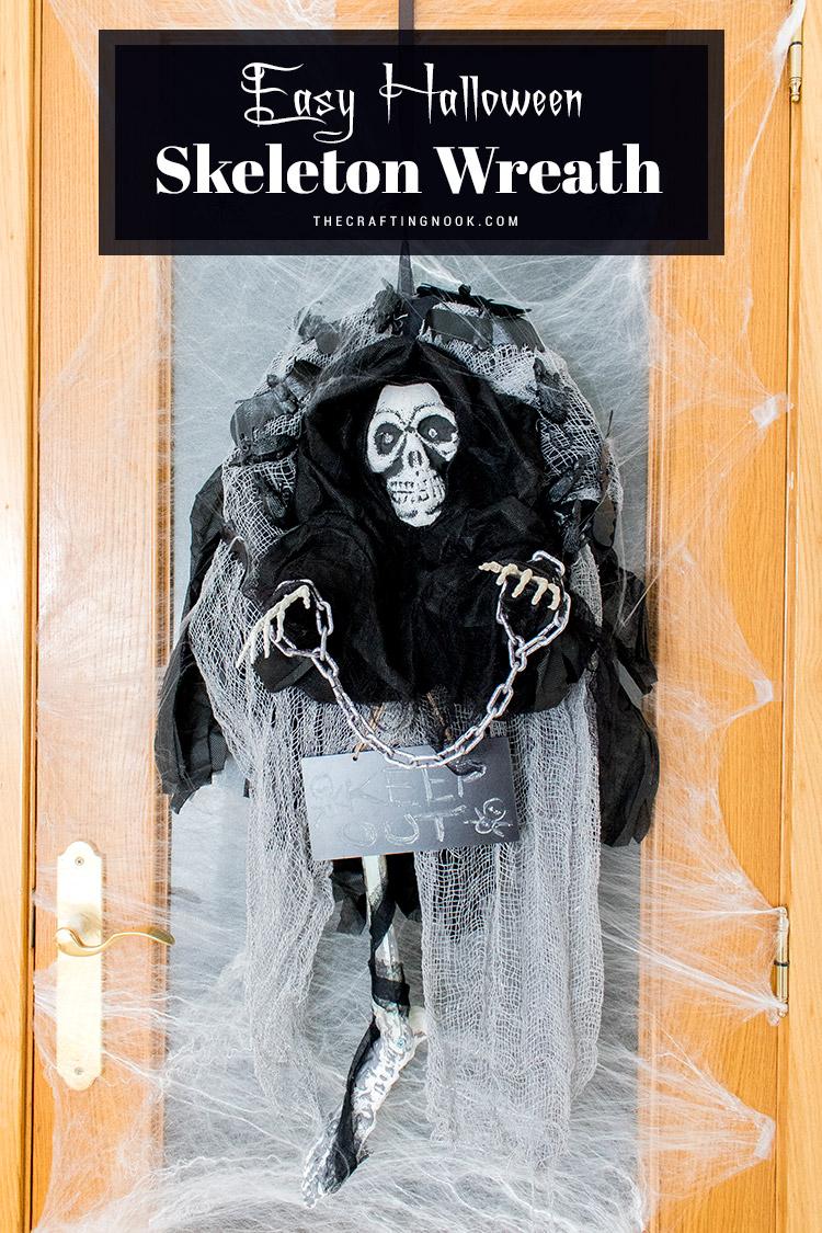 Easy-Halloween-Skeleton-Wreath
