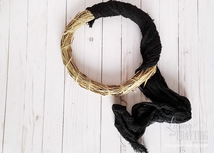 Easy Halloween Witch Wreath 1