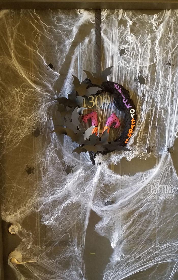 Easy Halloween Witch Wreath legs