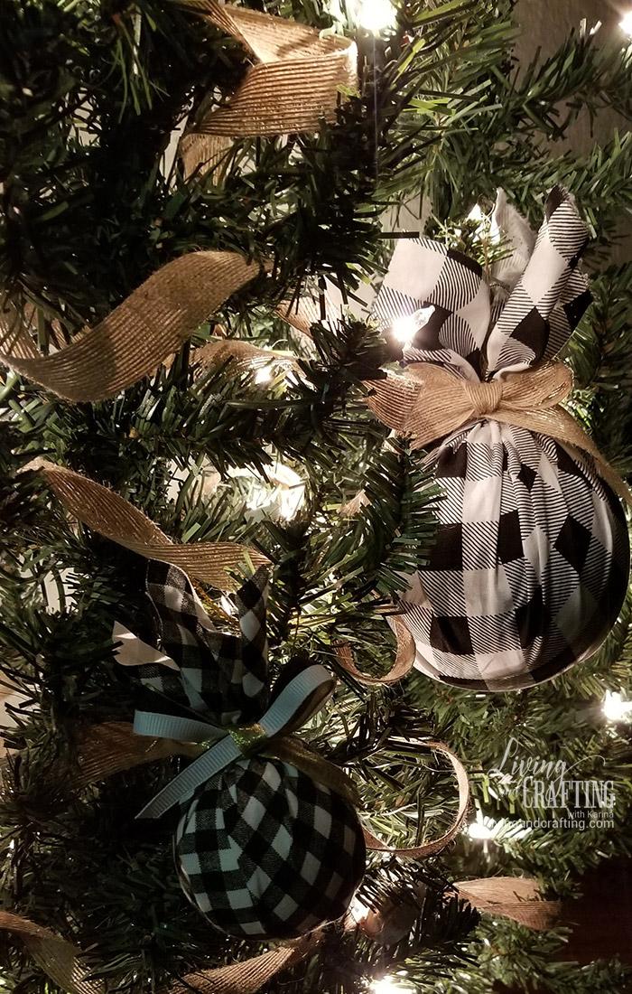Buffalo Check Christmas Tree Ornament beauty